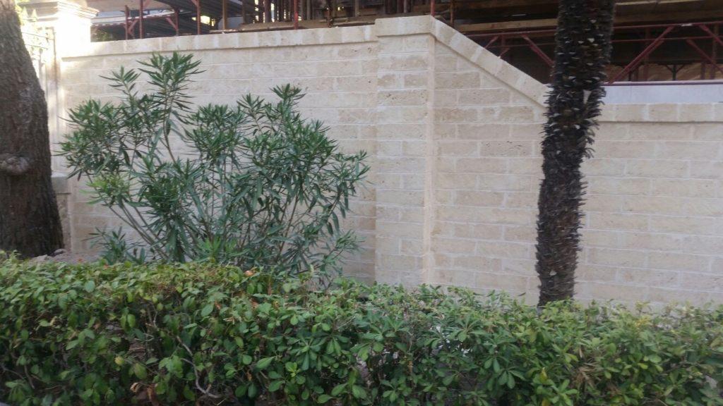 Giardino Mattoni Tufo : Gravina tufi